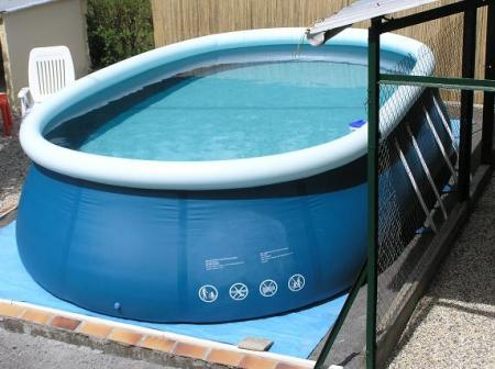 les piscines hors sol agence briques en stock. Black Bedroom Furniture Sets. Home Design Ideas