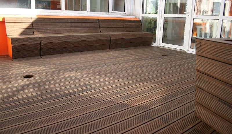 Id es pour am nager sa terrasse agence briques en stock - Banc de terrasse en bois ...