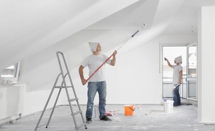 Comment rénover des murs et des plafonds jaunis